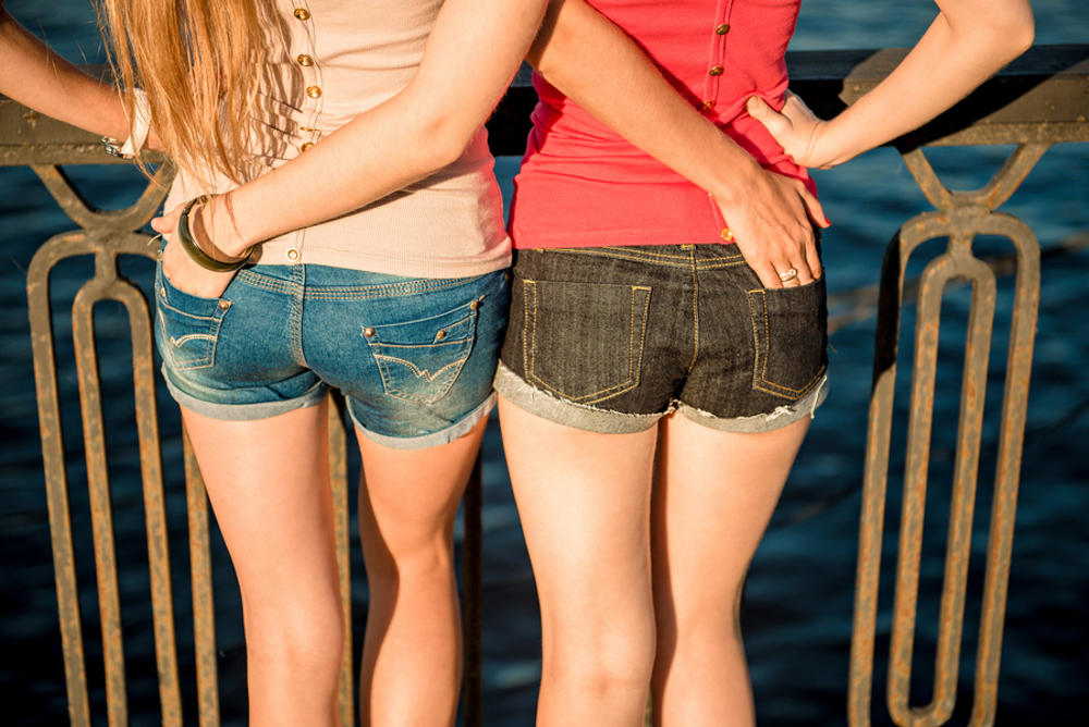 Lesbian Sex: 9 Tips for Your First Time Image